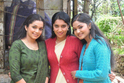 Beautiful looking married girls at vandalur zoo.
