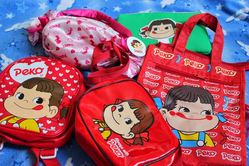 merchandising Peko chan