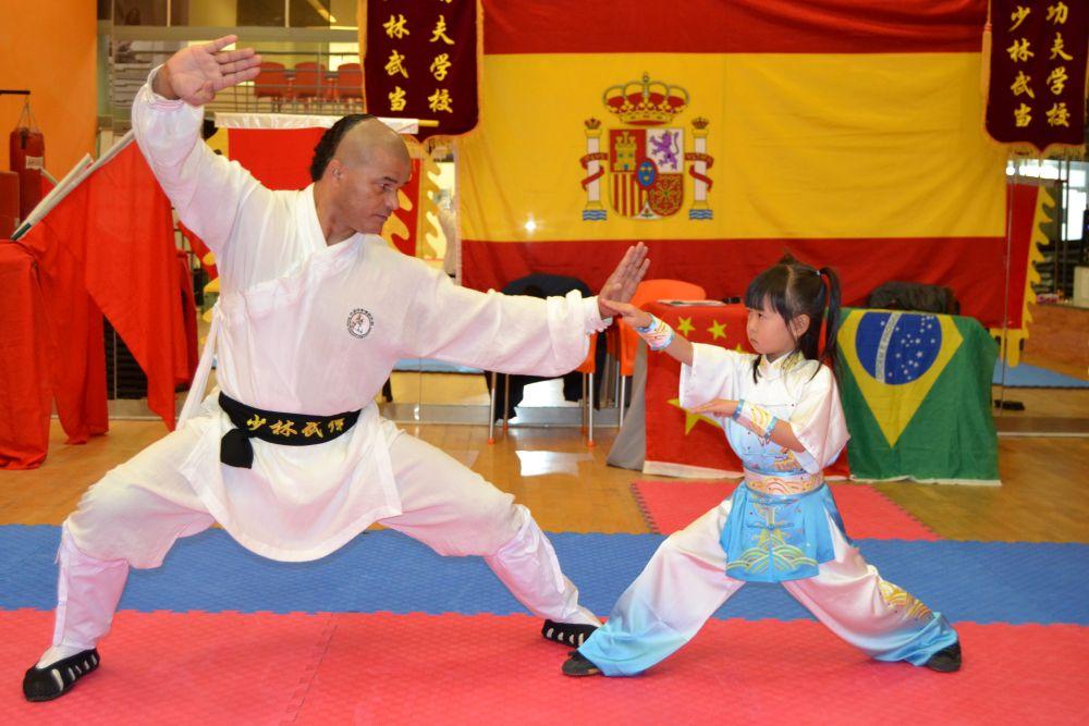 Shaolin en Madrid Kung-Fu Escuela Shaolin Tlf: 626 992 139 GrandMaster Senna y Master Paty Lee