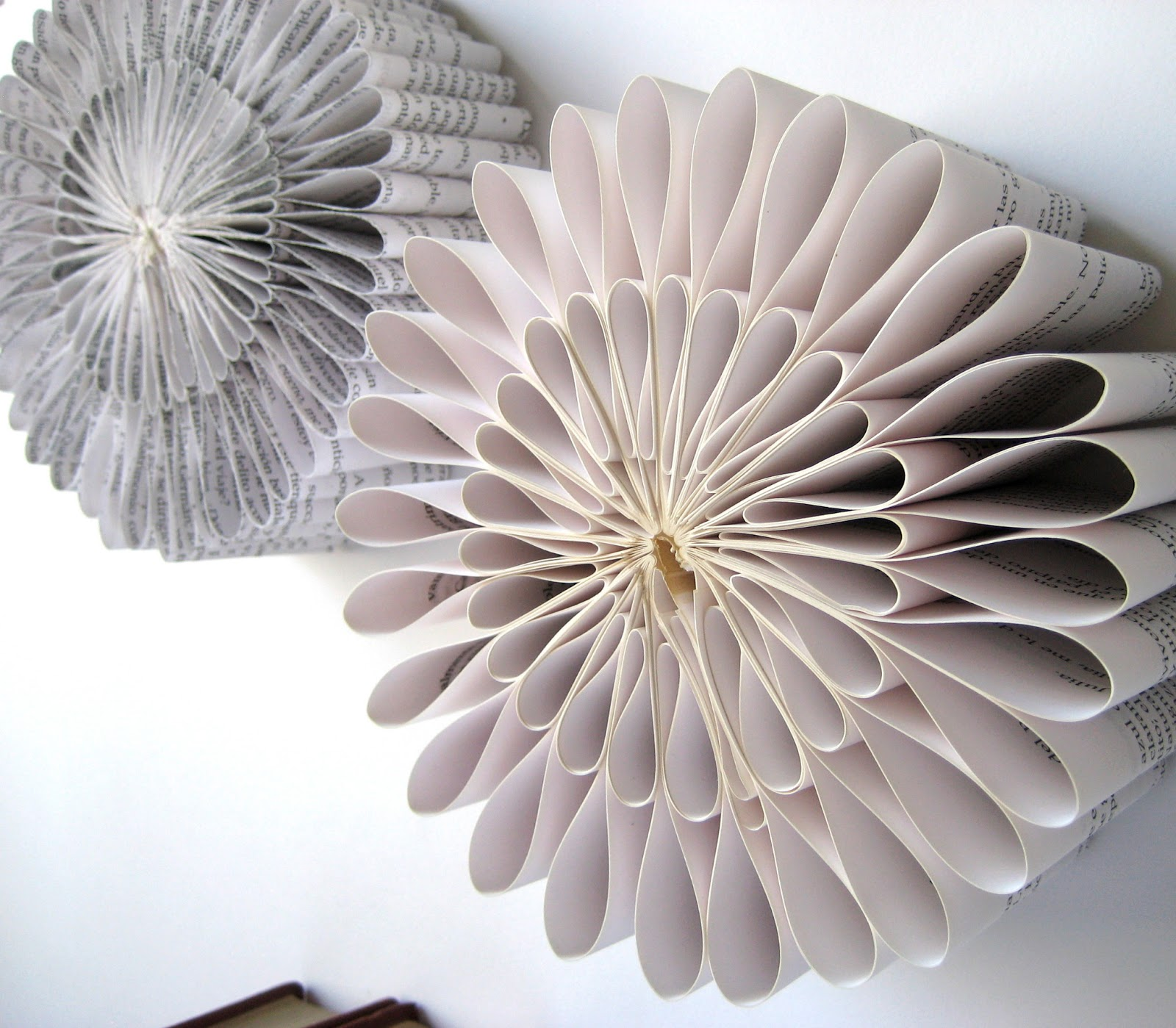 Esculturas de papel Altered-book