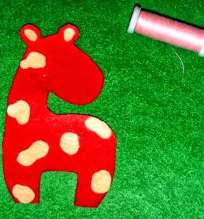 jak zrobić żyrafę z filcu