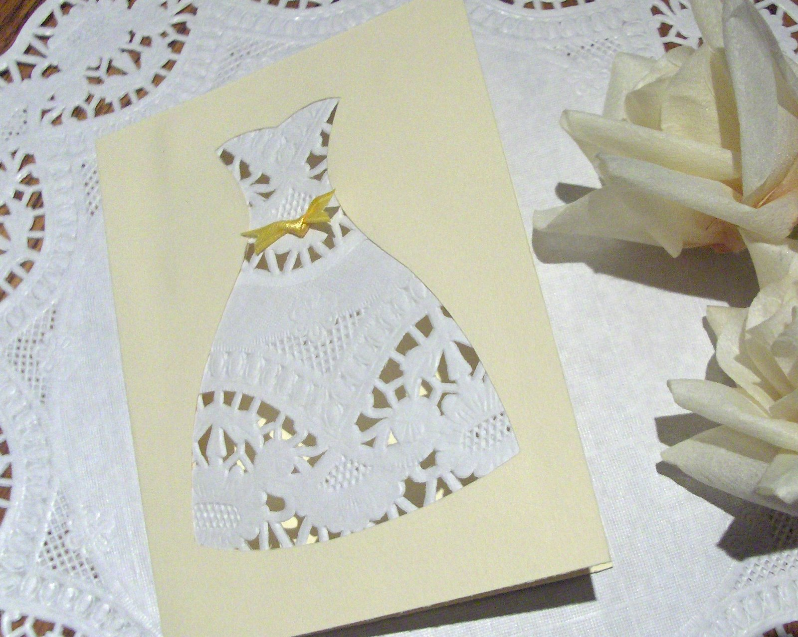 How pretty is this wedding dress shower invite made from cardstock and