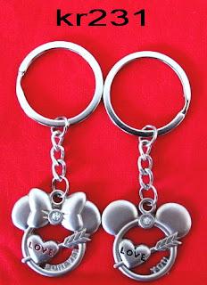 gantungan-kunci-couple-kepala-mickey