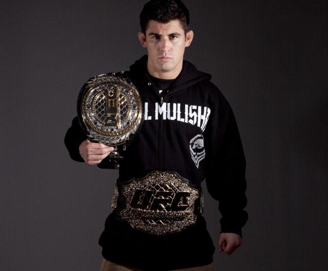 ufc wec mma bantamweight dominick cruz belts picture image