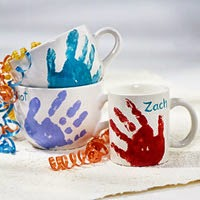 http://www.bhg.com/holidays/fathers-day/crafts/hand-warming-mug/#