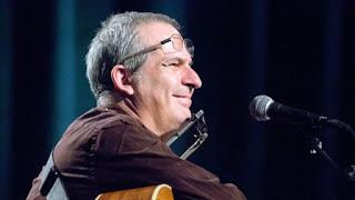 LA PROTESTA E L'AMORE. CONVERSAZIONI IN MUSICA CON LUCA BONAFFINI