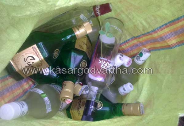 Liquor bottle, House, Waste, Political party, Police, Complaint, Badiyadukka, Kerala, Kasargod Vartha, Kasaragod, Malayalam news, Kerala News, International News, National News, Gulf News, Health News, Educational News, Business News, Stock news, Gold News.