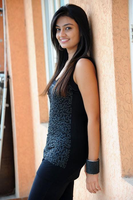 nikitha narayan at its my love story pm, nikitha new hot photoshoot