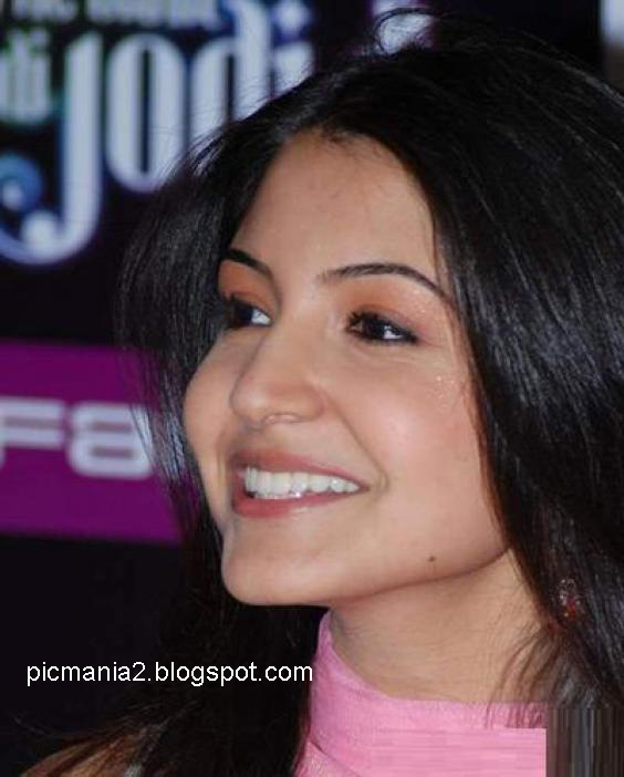 anushka sharma sexy hot images