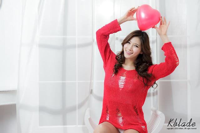 Hwang Ga Hi Sexy in Hot Red