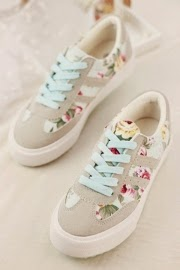 http://www.oasap.com/flats/37096-preppy-style-floral-sneakers.html/?fuid=215983