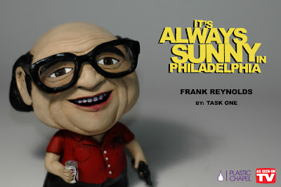 """As Seen On TV"" Solo Custom Art Show by Task One - It's Always Sunny In Philadelphia Frank Reynolds Custom Munny Vinyl Figure"