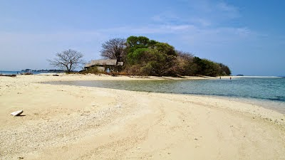 Wisata Pulau Langkadea Pangkep