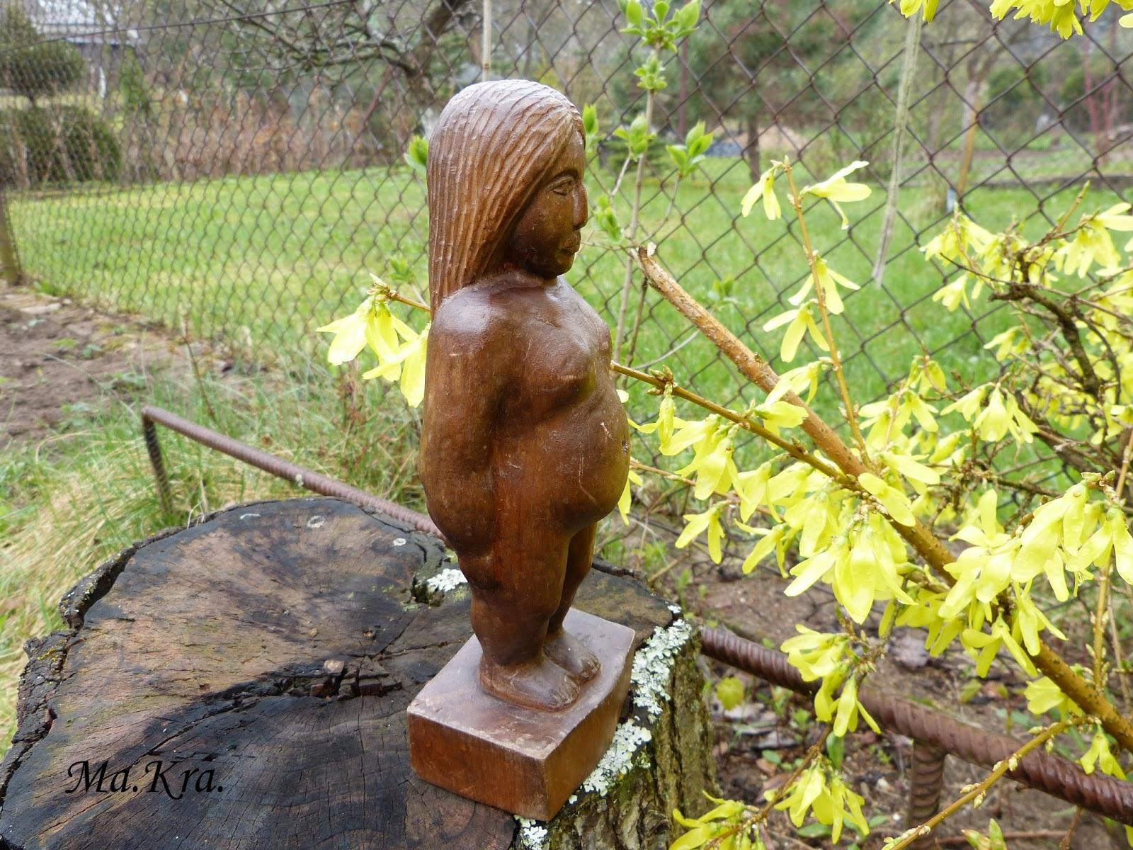 rzeźba kobieta