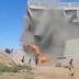 بالفيديو..لحظة انهيار مبنى تحت الانشاء على العمال