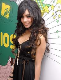 vanessa hudgens leaked photos 2011