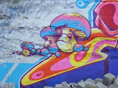 Angry mushrooms im Viehhof, Tumblingerstraße, München, Graffiti