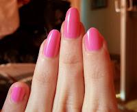 pinker Nagellack, barbie-pink