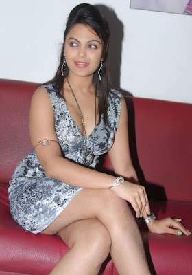Nangi Actress Beautiful Photos Bollywood