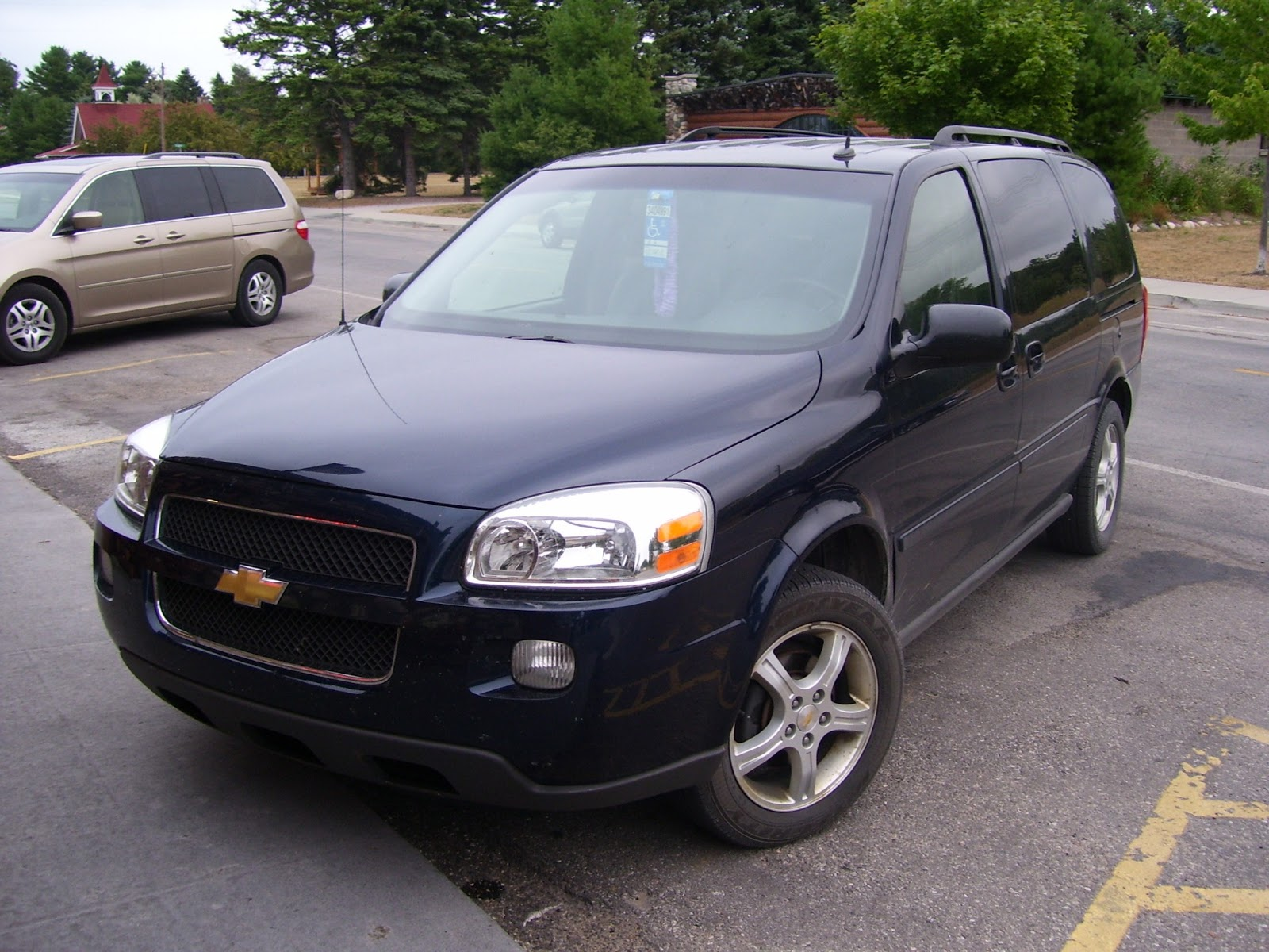 Chevrolet Uplander - Wikipedia