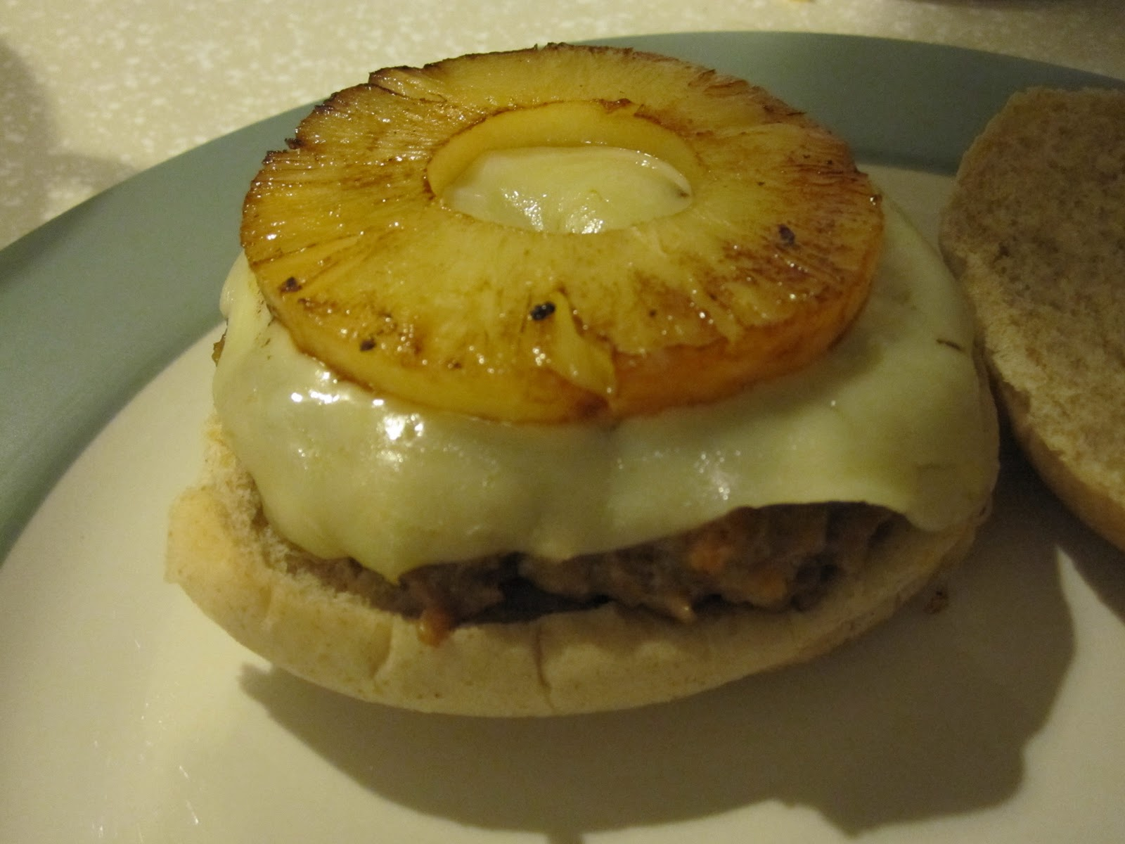 Life with the Sherer's: Spicy Hawaiian Chicken Burgers