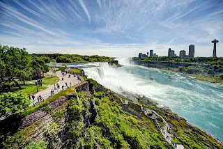 Niagara Falls (Best Honeymoon Destinations In USA) 3