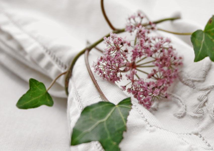 Servilleteros con flores silvestres3