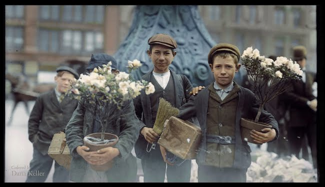 Boys buying flowers in 1908.