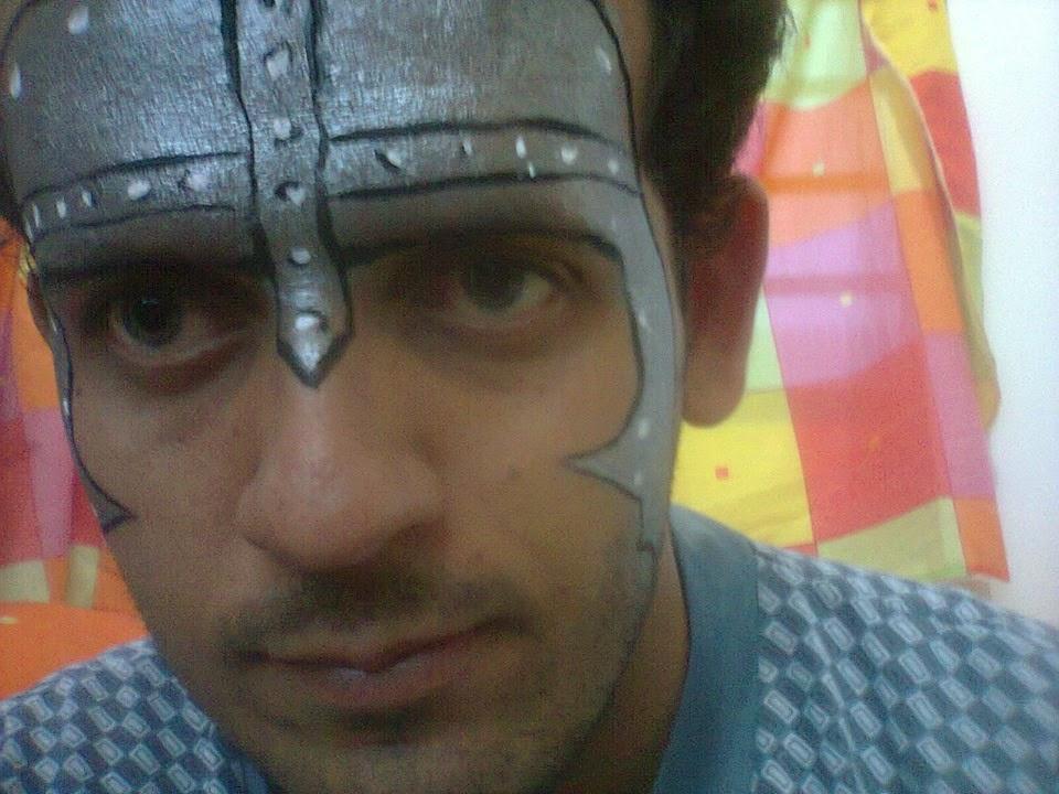 Pintura Facial de Capacete Romano