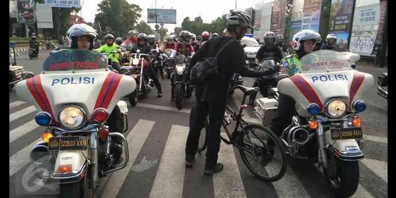 Foto Elanto Penghadang Moge Jogja Yang Bikin Heboh