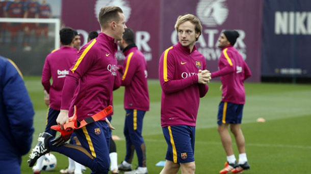 Último entrenamiento del Barça antes de recibir al Athletic