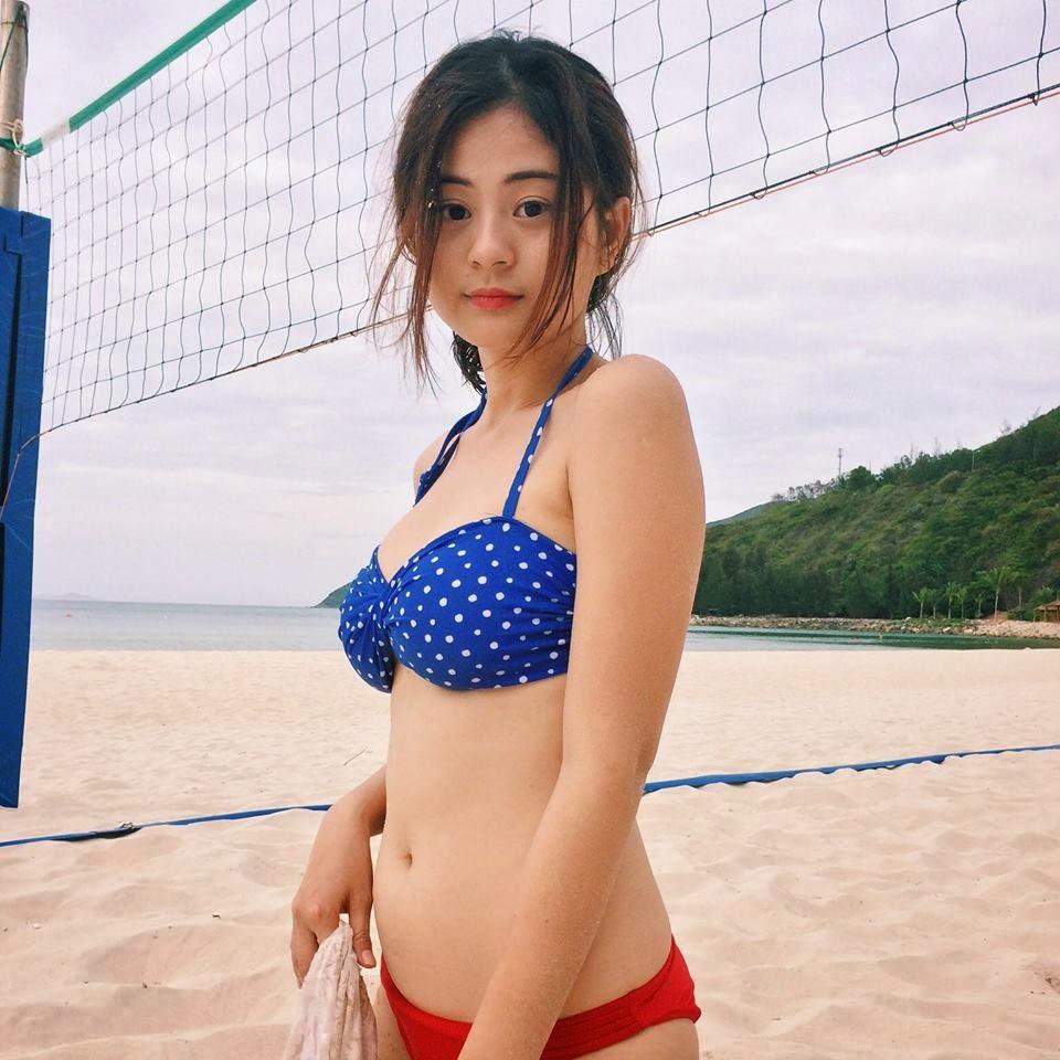 Người đẹp Châu Dương đi tắm biển 9