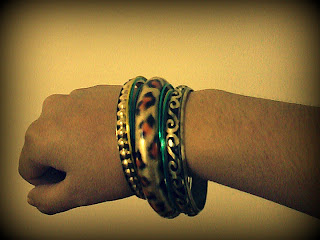 accessories, jewelry, bangles, stackable bangles, styling, fashion, fashion inspiration