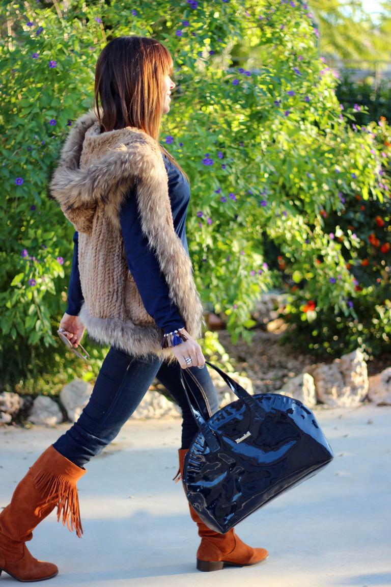 Tabatha Shoes, streetstyle, chaleco pelo, Cuchicuchi bisutería, boho style