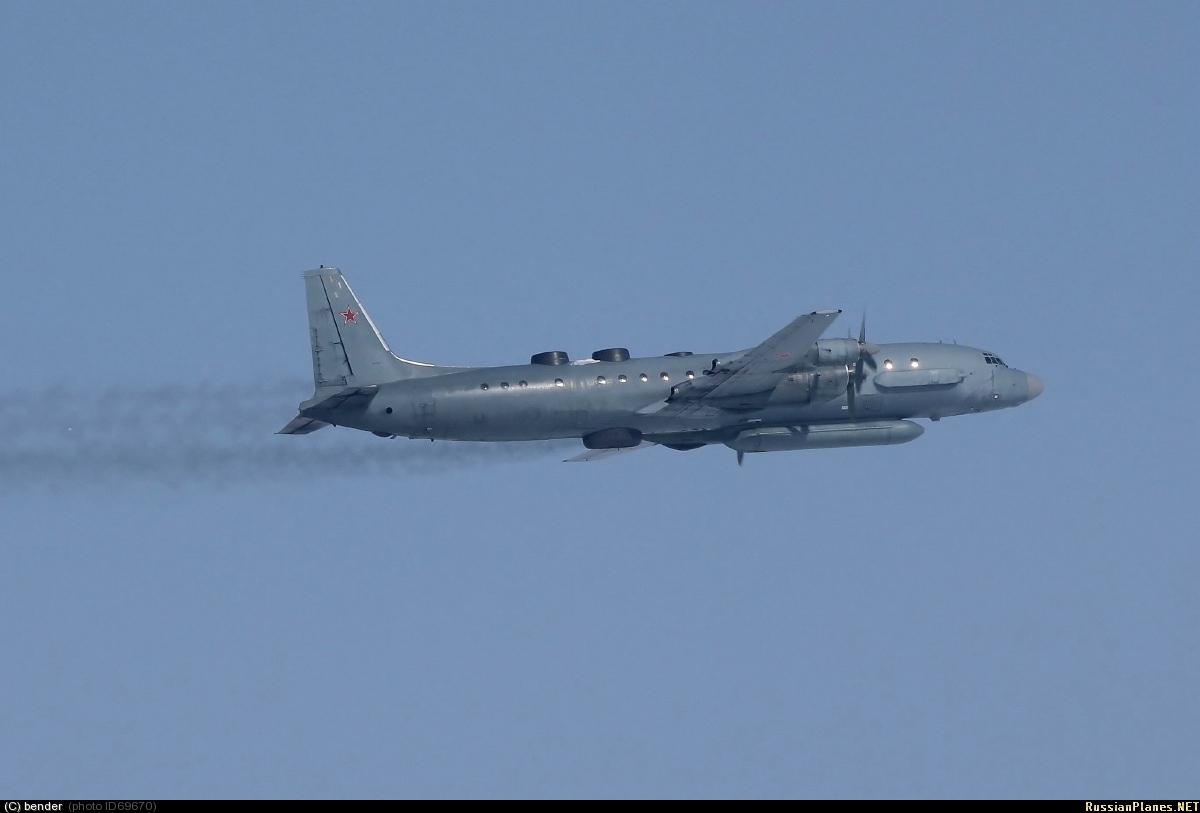 russie IL-20M+DESPEGUE+2012