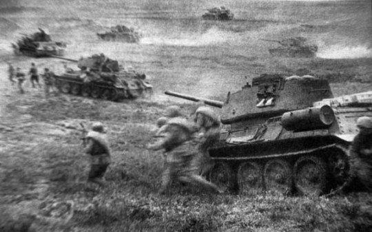 Assaulting T-34`s and Soviet infantry