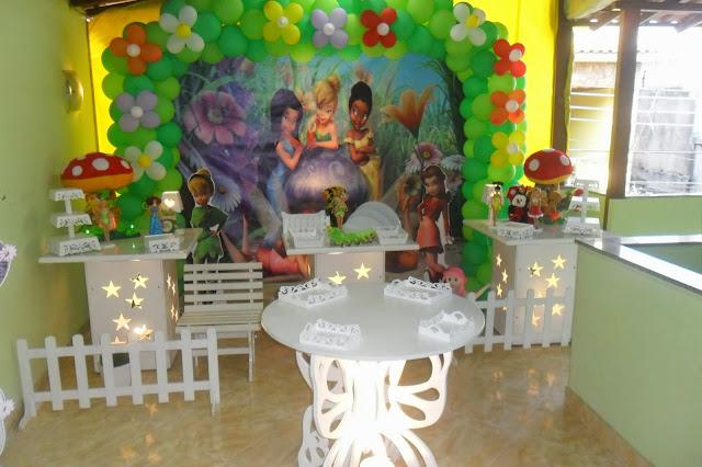 decoração provençal de festa infantil com o tema Tinker Bell