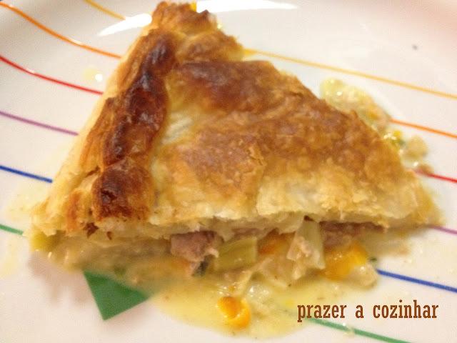 prazer a cozinhar - empada de atum, queijo fresco e alho francês