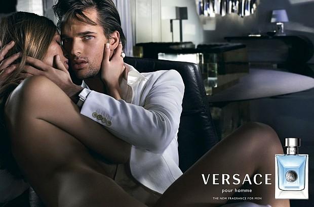 Reklama perfum Versace Pour Homme