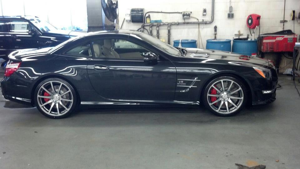 Mercedes benz of white plains the 2013 sl63 amg has for Mercedes benz of white plains