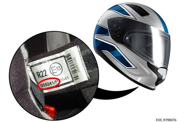 BMW recall helm yang di produksinya karna tidak memenuhi standar Eropa . . BMW juga produksi helm?