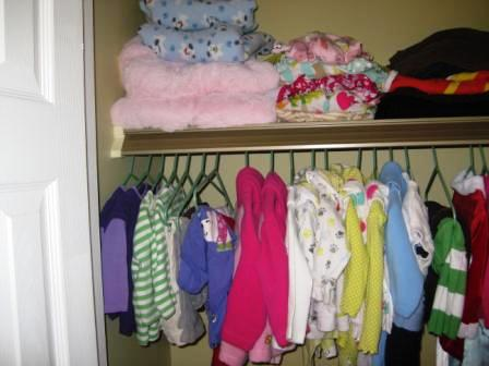 This Is What I Do To Keep My Twinu0027s Closet Organized