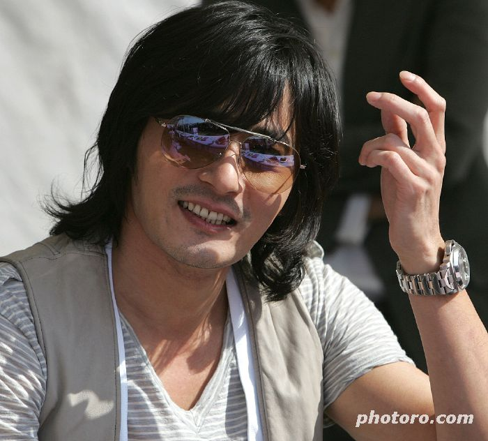 jang dong-gun. Jang Dong Gun: pros – has a