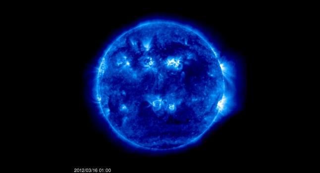 Las tormentas solares preocupan a astrónomos y a médicos.