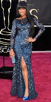 Дженифър Хъдсън на Оскари 2013 в блестяща тъмносиня рокля