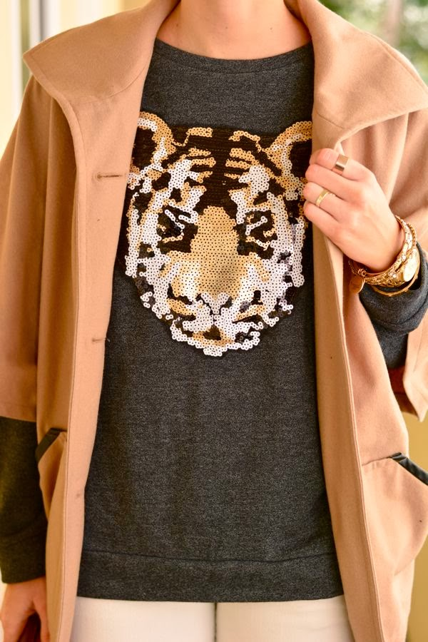 Forever 21 Sequin Sweatshirt- Elizabeth and James Fairfax Sunglasses-Los Angeles Personal Style Blogger-Golden DIvine Blog