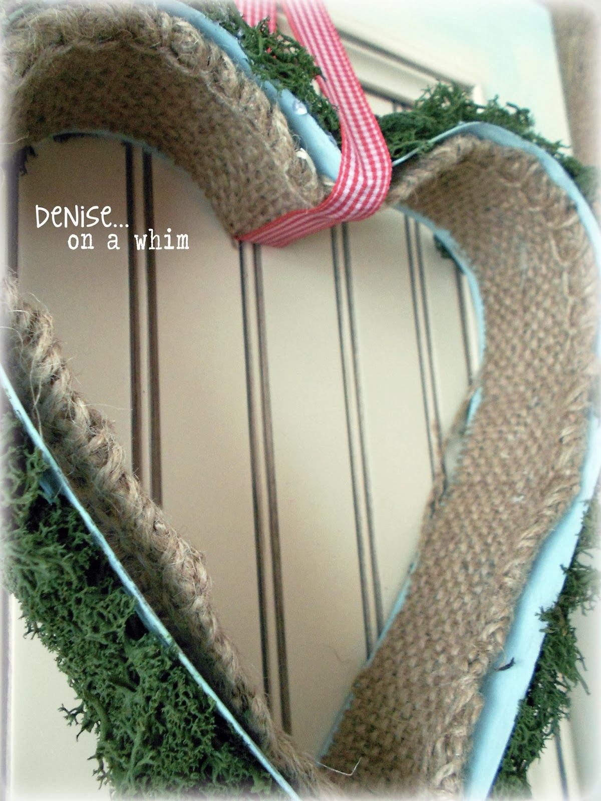 Burlap Lined Metal Heart Wall Decor via http://deniseonawhim.blogspot.com