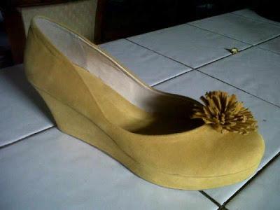 Aneka model sepatu sandal wanita murah,keren dan terbaru,sepatu keren model Yellow