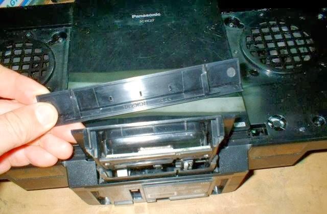 quitar tapa de bandeja ipod del componente de audio panasonic sc-hc27