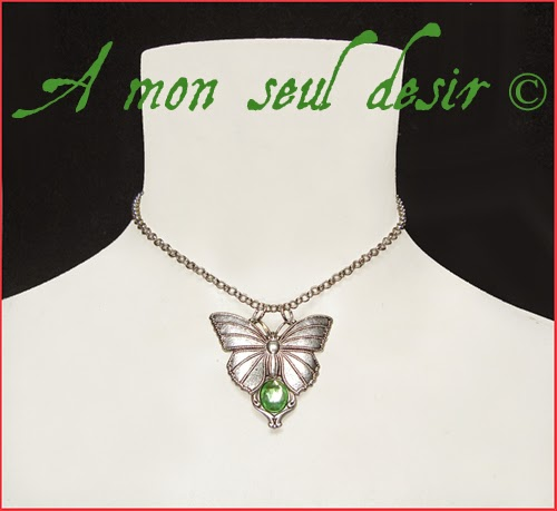 Collier elfique féerique papillon vert clair elven fairy butterfly light green necklace Éthéré